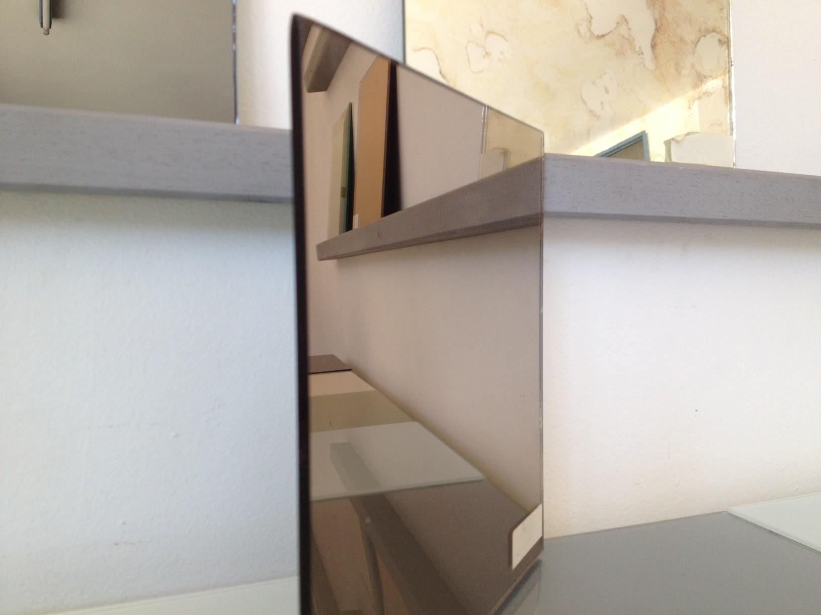 Miroir sur mesure argent bronze vieilli sans tain for Verre miroir sans tain