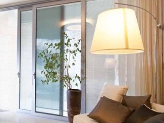 double vitrage avec store int gr. Black Bedroom Furniture Sets. Home Design Ideas