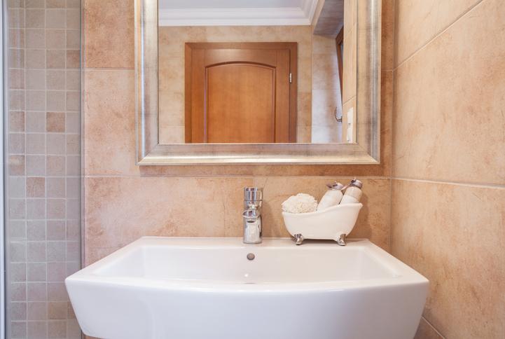 Miroir pr t poser diane for Kit piscine miroir